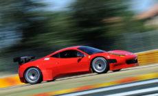 Ferrari na pisti v Milanu